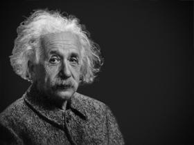 爱因斯坦:教育的首要目标永远是独立思考和判断,而非特定的知识